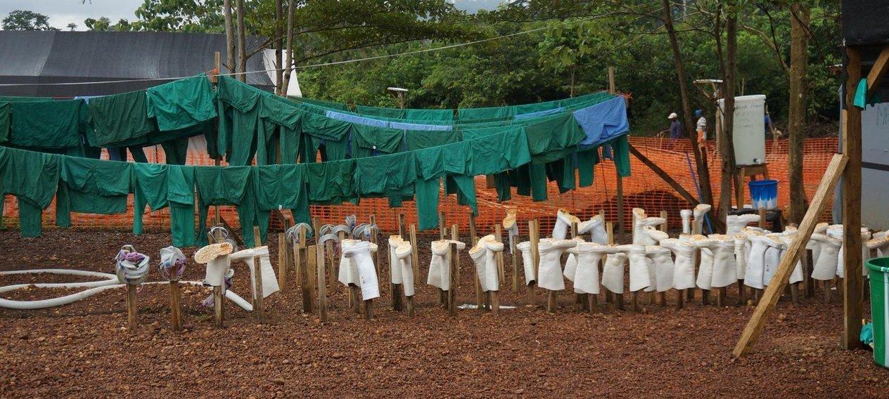 16 مرکز خیریه در حال مبارزه با بیماری کشندهی ابولا(بخش اول)