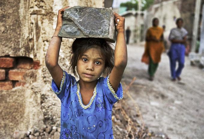 کمک به کودکان کار در بروندی