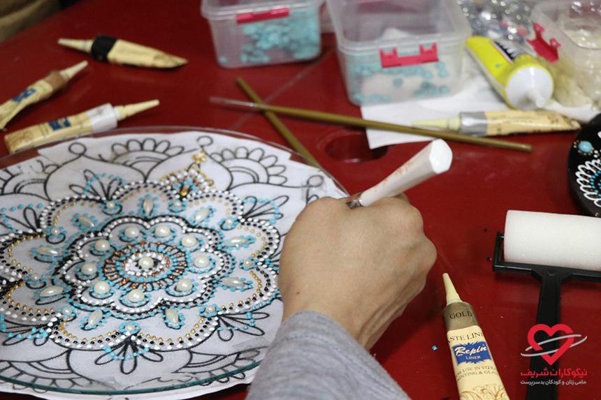 کارگاه آموزش هنر نقطه کوبی
