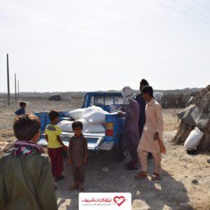 توزیع آرد میان عشایر سیستان و بلوچستان